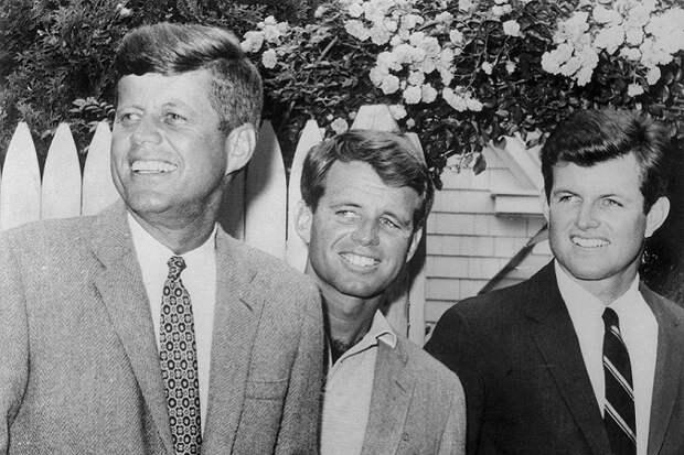 Рок семьи Кеннеди: убийства, несчастные случаи, автокатастрофы