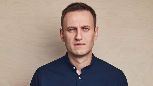 Вступивший в силу приговор не позволяет Навальному голосовать на выборах