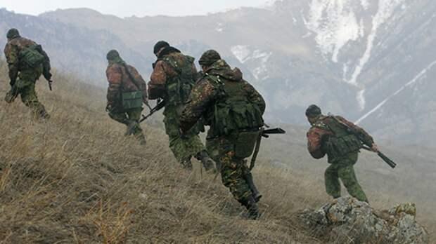 Разведподразделения ЮВО вышли на учения в горах Северной Осетии