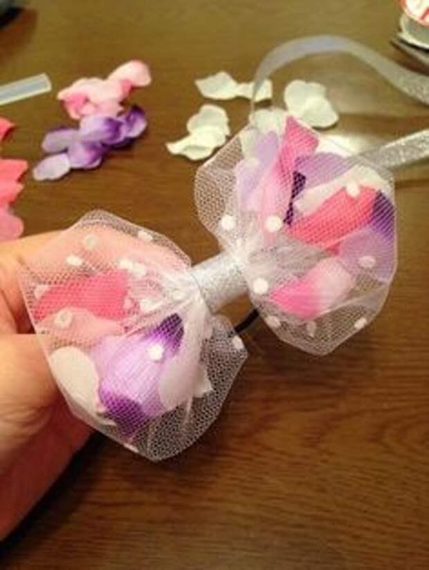 нежный галстук бабочка для девочки