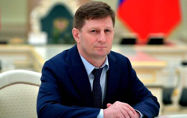 Мнение: Фургала могли арестовать из-за моста на Сахалин