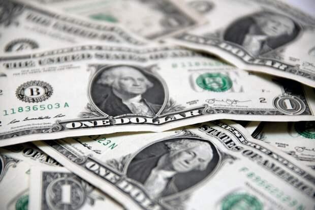 Bloomberg: COVID-19 увеличил разрыв между богатыми и бедными в США