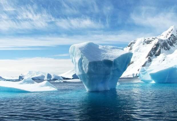 Канадский эксперт назвал главный козырь РФ в борьбе с США за Арктику