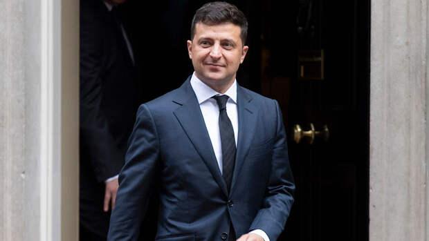 Зеленский призвал украинцев отдыхать в Турции на фоне ограничений со стороны РФ