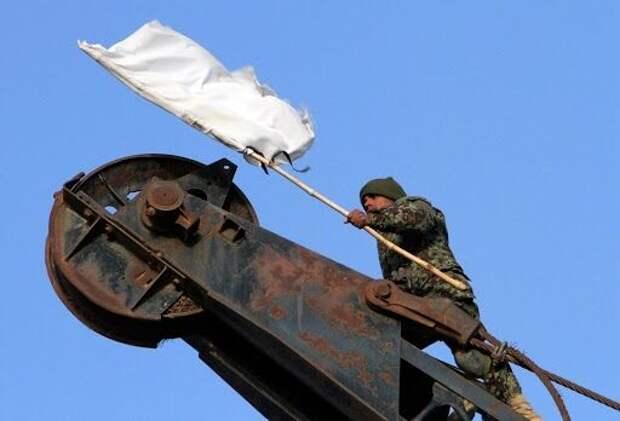 Цеков посоветовал Украине сразу выбрасывать белый флаг, если ВСУ решатся ударить по России