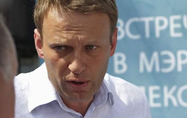 Навальный назвал связанного с его отравлением человека