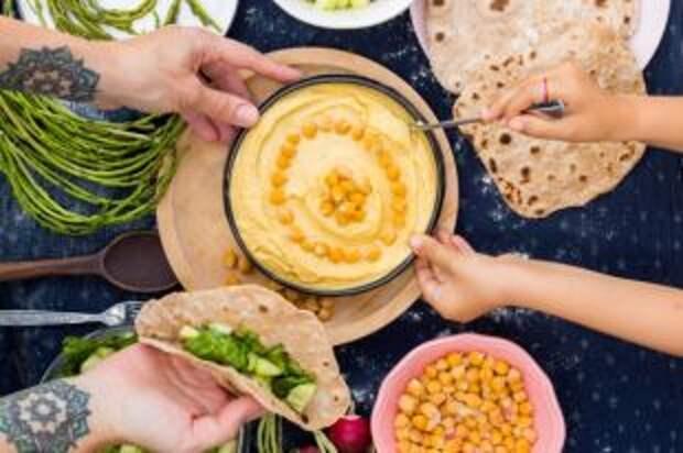 Универсальная паста. Пять рецептов хумуса для Великого поста