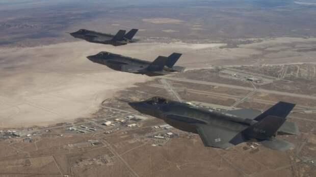 В Турции российские С-400 лихо испытали на американских F-22 и F-35