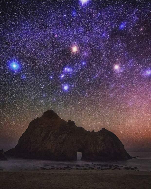 """М.Сейгал """"Всего лишь палатка, камера и никакого направления. Невероятные ночи под звездами!"""""""