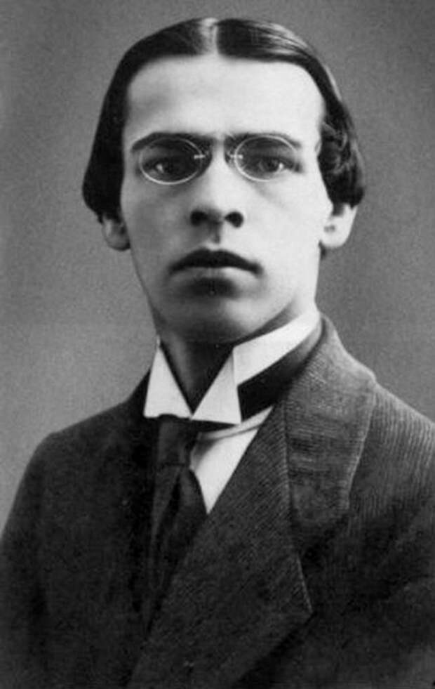 Владислав Ходасевич.