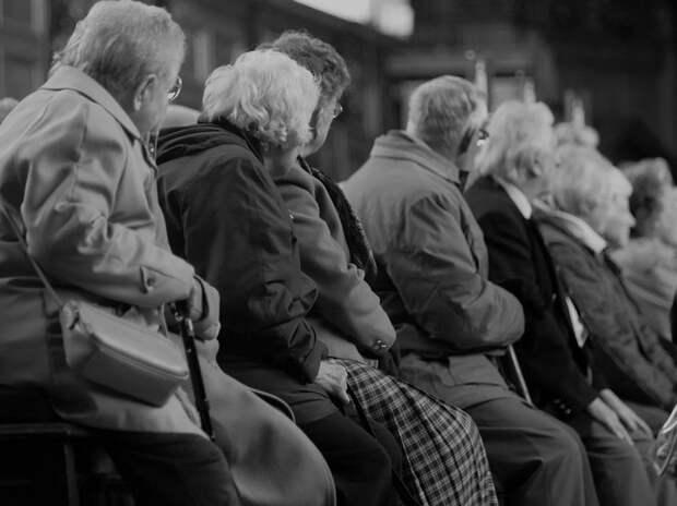 Трудовой стаж после 2002 года не включают в пенсию и не будут