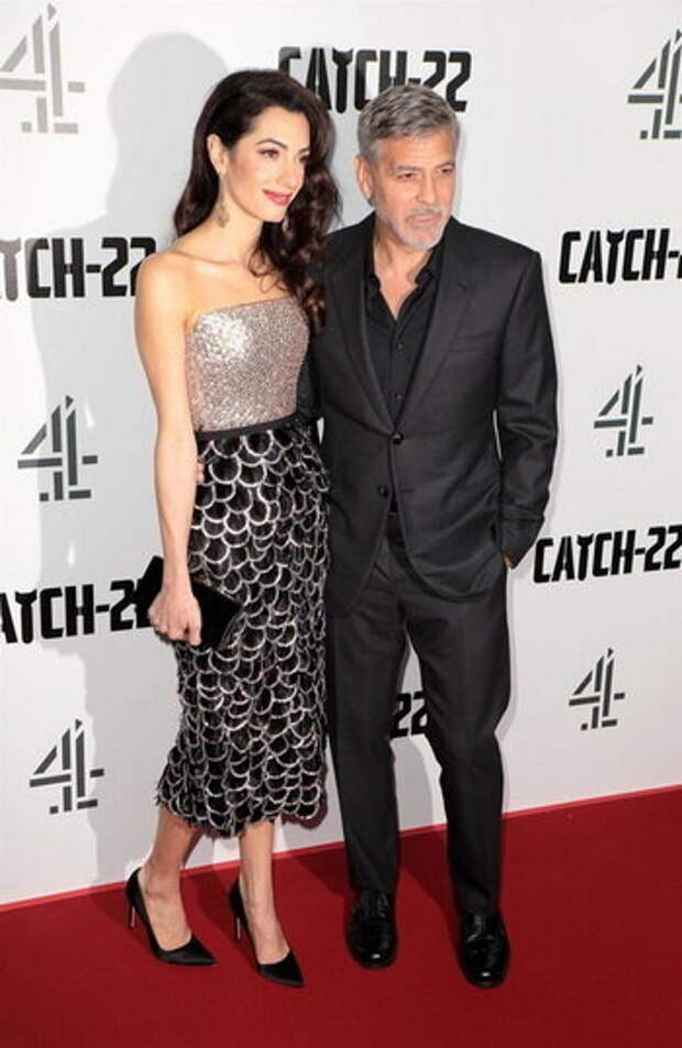 Образы Амаль Клуни на красной дорожке