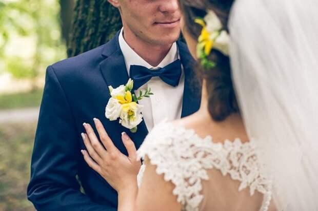 Отец невесты на свадьбе рассказал страшную тайну, которая расстроила торжество