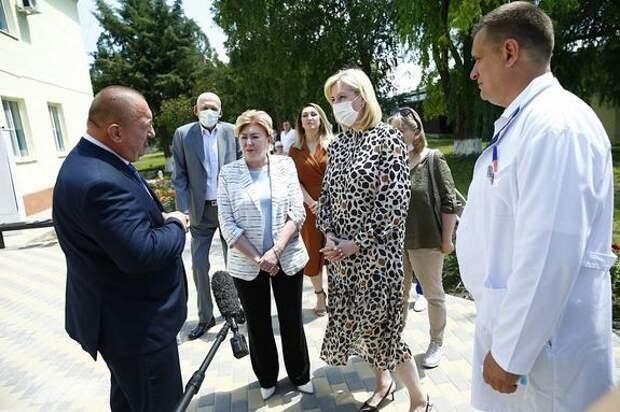 На Кубани 16 медучреждений перепрофилировано для лечения пациентов с COVID-19