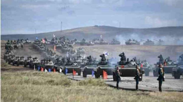 Ва-а-а!: Испанцы, увидев учения русских, призвали военных проснуться...