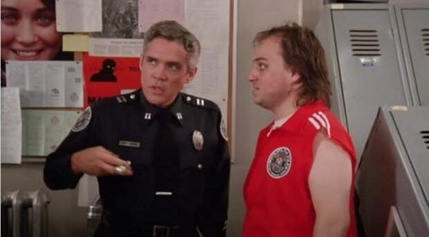 «Полицейская академия» – почему так хорошо начиналось и плохо закончилось.