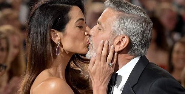 Джордж и Амаль Клуни станут крестными первенца Меган и Гарри?