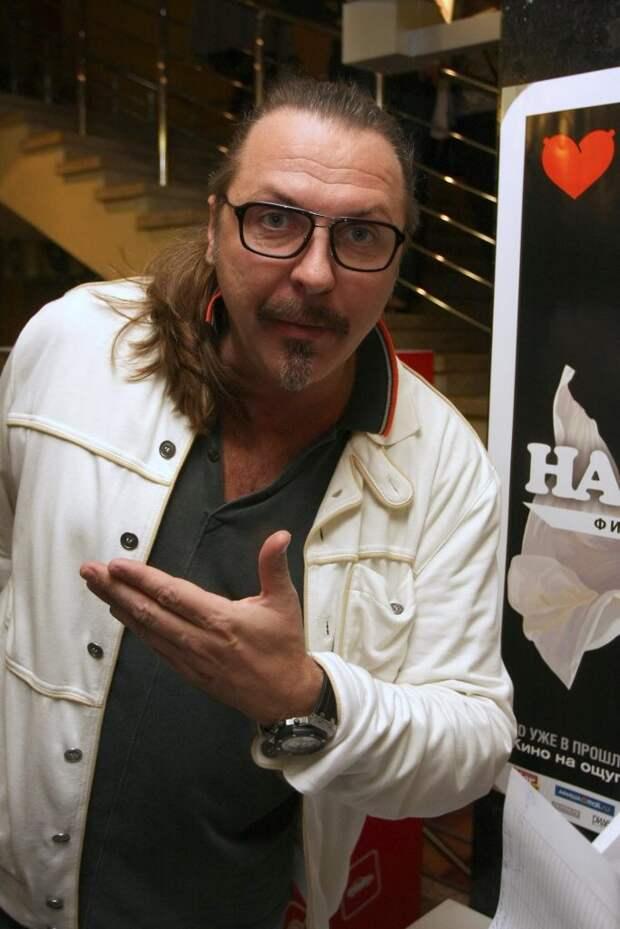 Юрий Грымов больше времени тратит сейчас на работы в театре, чем в кино