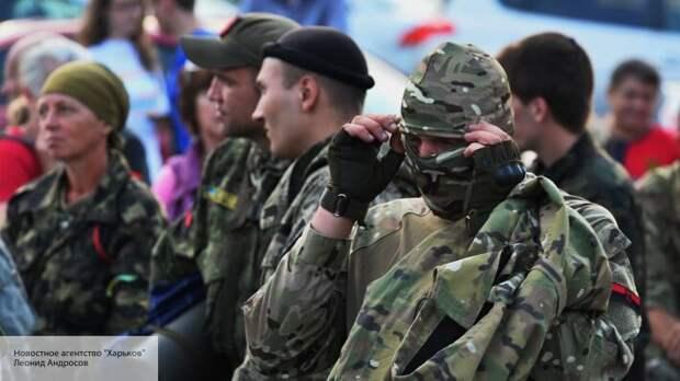 «Лишить аккредитации и выслать из Украины»: радикалы атаковали представителя посольства РФ