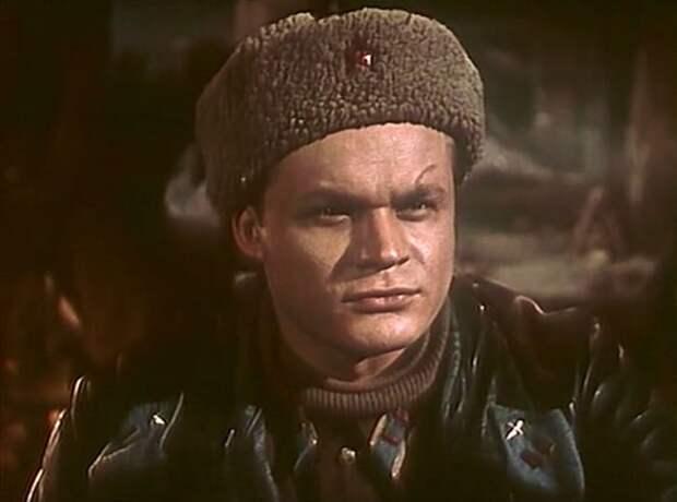 Петр Щербаков в фильме *Добровольцы*, 1958 | Фото: kino-teatr.ru