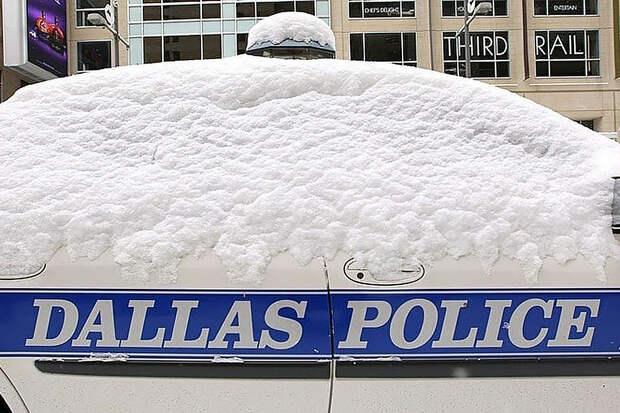 Американцы обсуждают теорию заговора о создании снега в Техасе властями