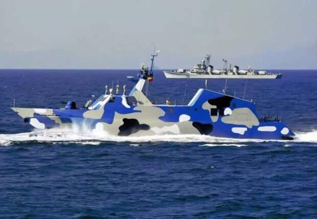 Ракетные катера-катамараны Китая «Тип 022»