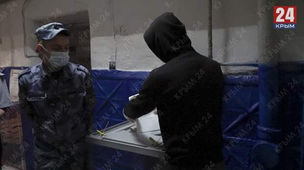 Как в Крыму голосуют заключённые. ФОТОРЕПОРТАЖ