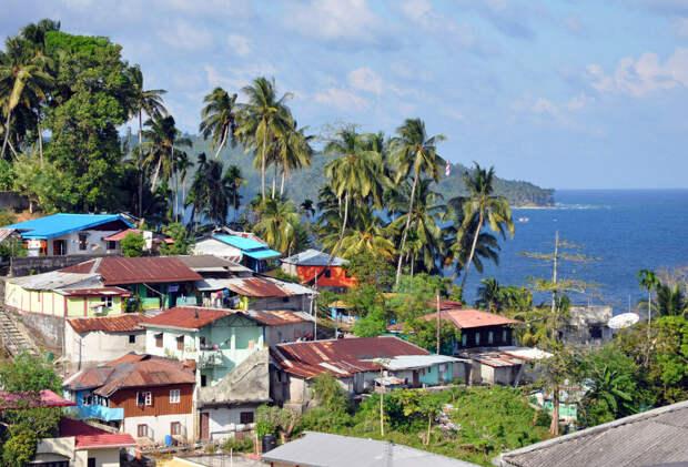 Почему сентинельцы никого не пускают на свой остров?