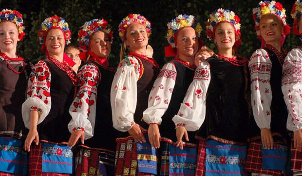 Русские вне прав человека: как «стереть» национальность у миллионов человек