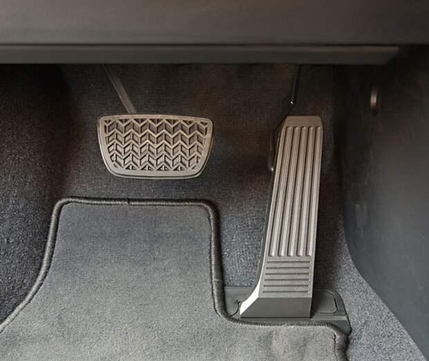 6 хитрых способов сэкономить на топливе, о которых знают не все водители