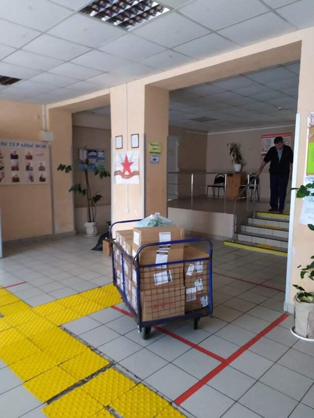 Волонтеры из Куркина помогли постояльцам дома-интерната в Рязанской области
