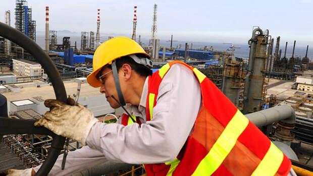 Китай увеличил добычу нефти на3,7% сначала года