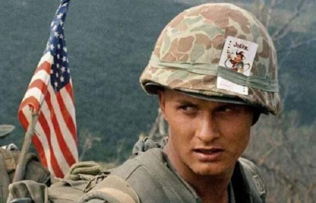 Для чего американцы во Вьетнаме носили на касках покерные карты