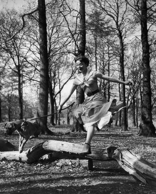 Одри Хепберн в весеннем Лондоне, май 1950 года.