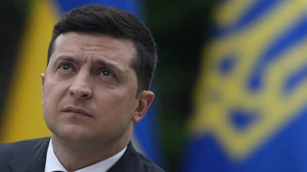 Официальный Киев стремительно теряет власть