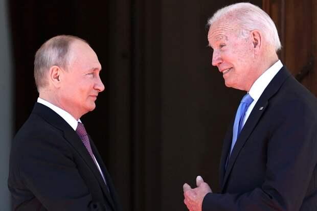«Войны не будет»: Жириновский оценил встречу Путина и Байдена