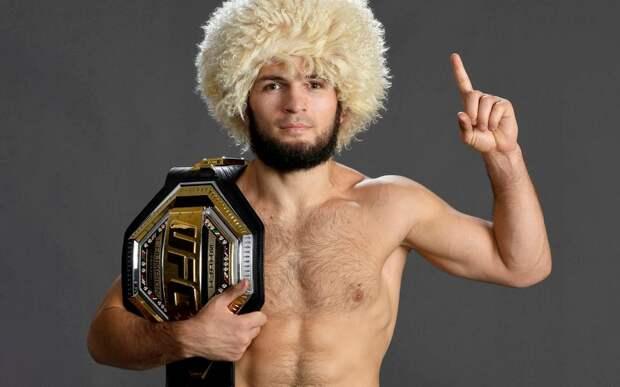 Кормье назвал умным решение UFC не освобождать титул в легком весе: «Это многое говорит о ценности Хабиба»