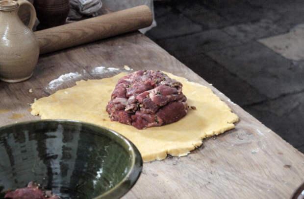Печем настоящий королевский пирог