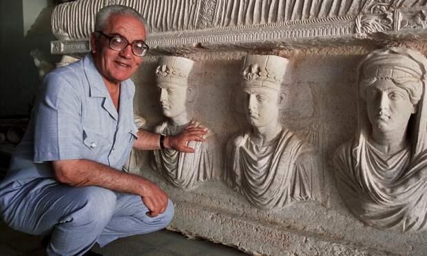 Под Пальмирой найдены предполагаемые останки казненного боевиками археолога