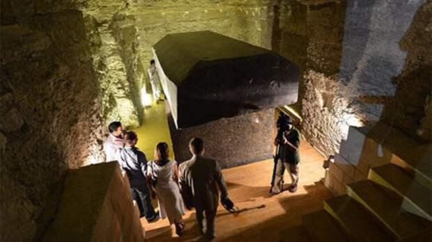 Раскрыта тайна черных саркофагов из Египта