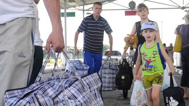 Украинцы бегут в Крым!