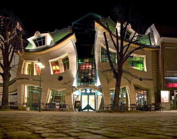 Оригинальный Кривой дом в Сопоте, Польша (12 фото)