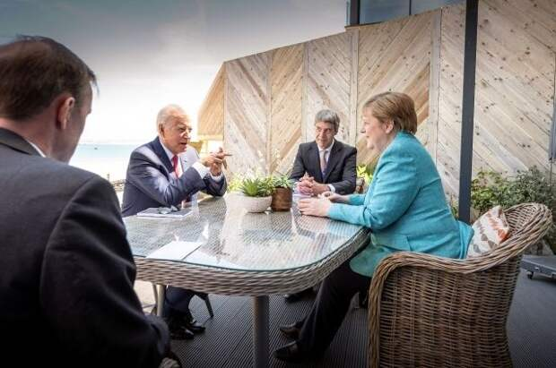 Меркель обозначила позицию Германии по «Северному потоку — 2»