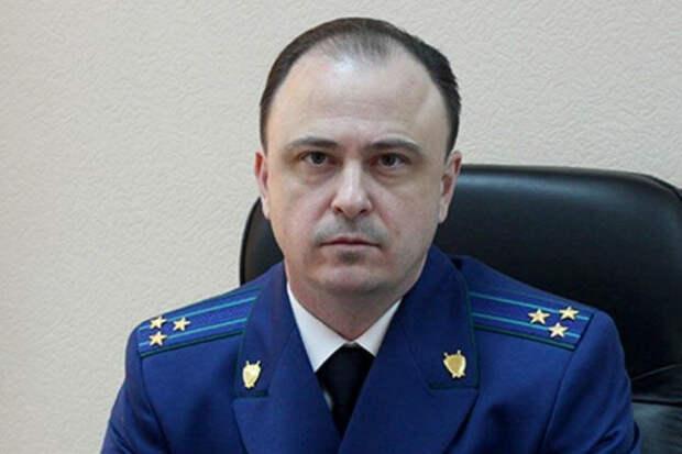 Чернецкий пожелал мудрости новому свердловскому прокурору