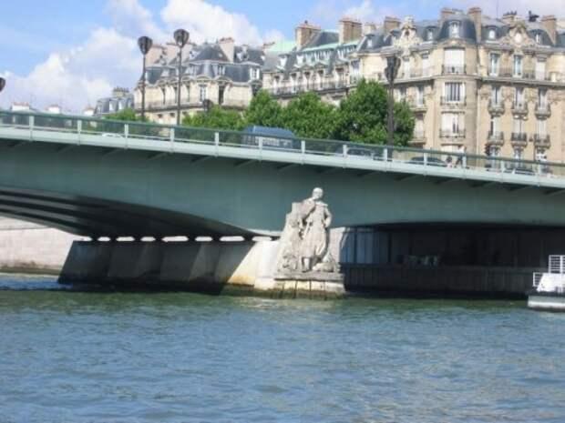 Париж готовится встретить наводнение