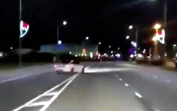 Мажор устроил дрифт на дороге в Сочи. Реакция соцсетей