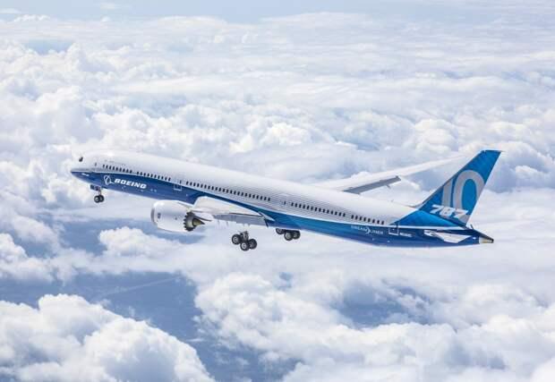 Boeing 787-10 Dreamliner совершил первый полет