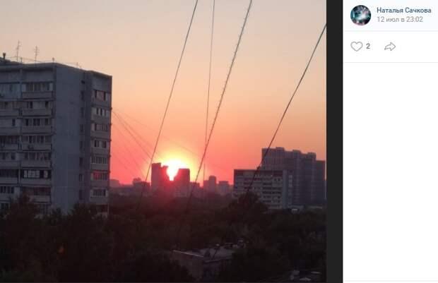Фото дня: солнечный «взрыв» в Головинском
