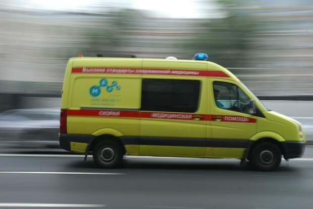 Шесть человек погибли при падении автобуса с обрыва в Кузбассе