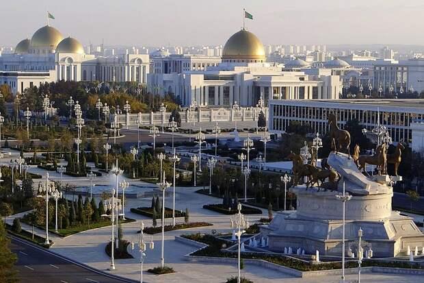 Как столица Туркменистана стала самым дорогим городом мира для иностранцев